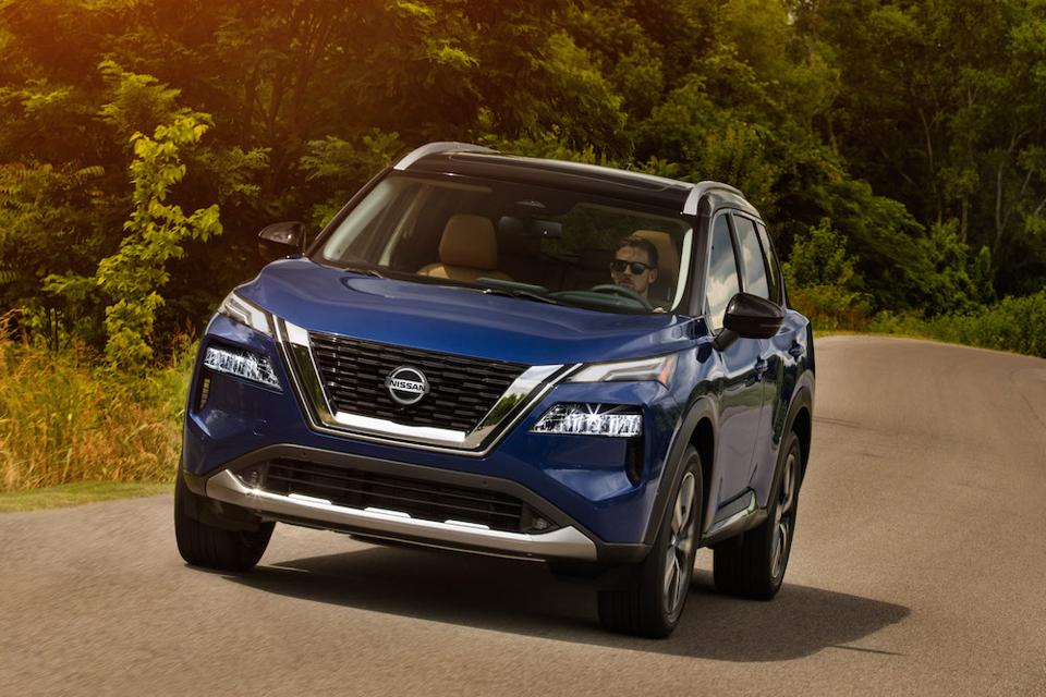 2021 Nissan Rogue Blue Front Driving