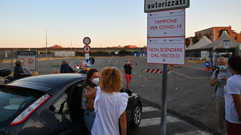 The Covid wipe is mandatory for Italy to test strict rules to curb Italy's virus surge