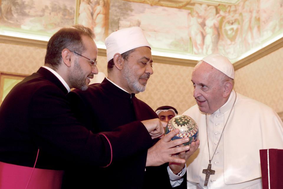 Pope Francis Meets Grand Imam Of Al-Azhar Ahmed El-Tayeb...