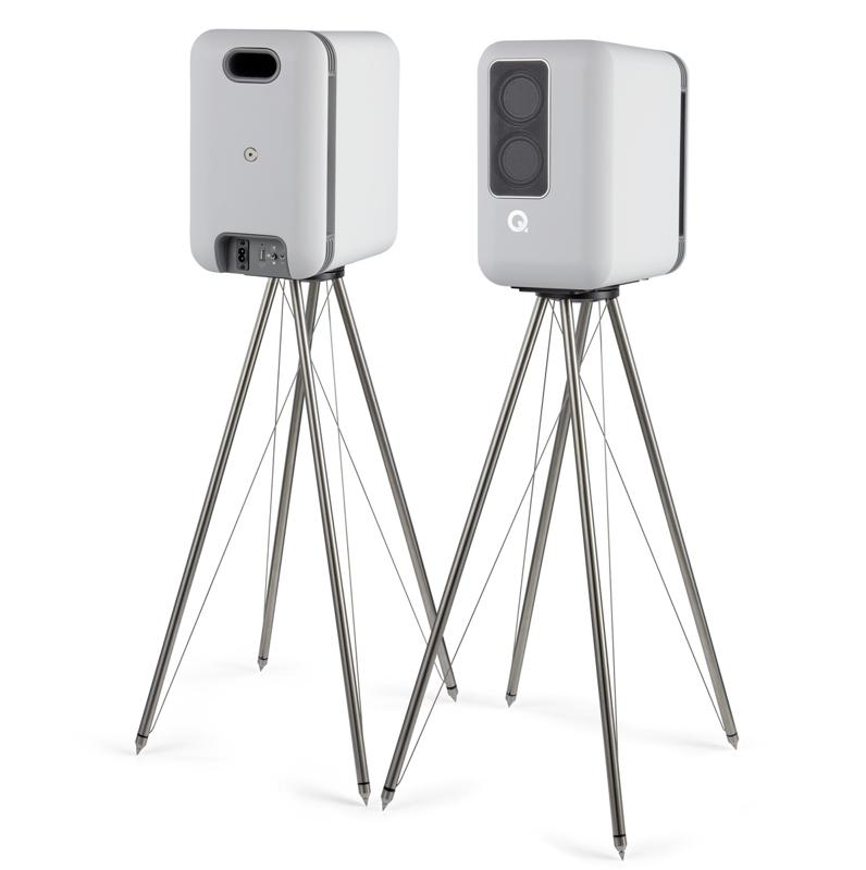 The Q Active 200 on optional Q FS75 floor stands