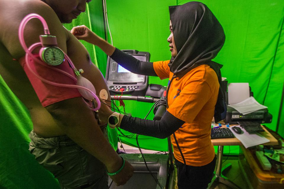 Free Hearts Checks In Indonesia