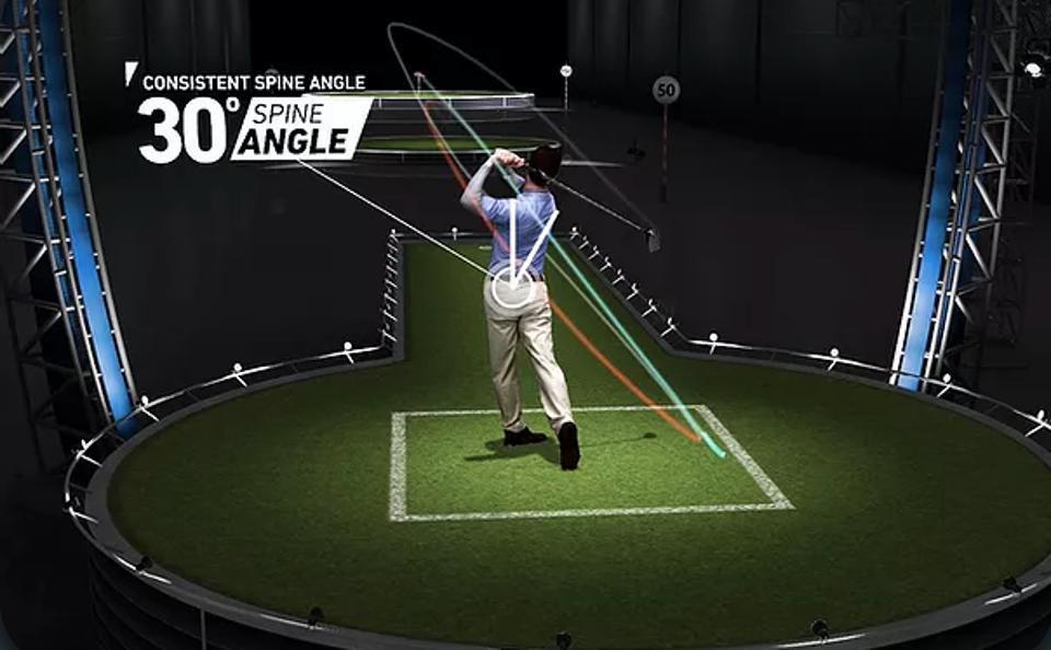 Man playing golf virtually
