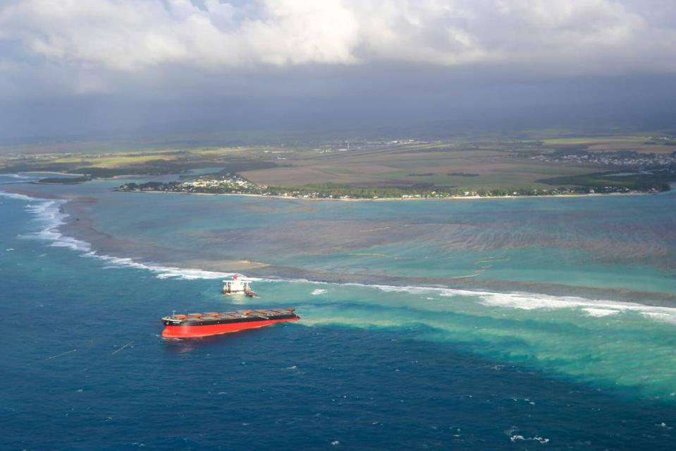 18 Sep 2020: the Wakashio sat for 12 days on an important reef of Mauritius before breaking in two on 15 August.  Three days later, it was towed off the reef, when other options existed.