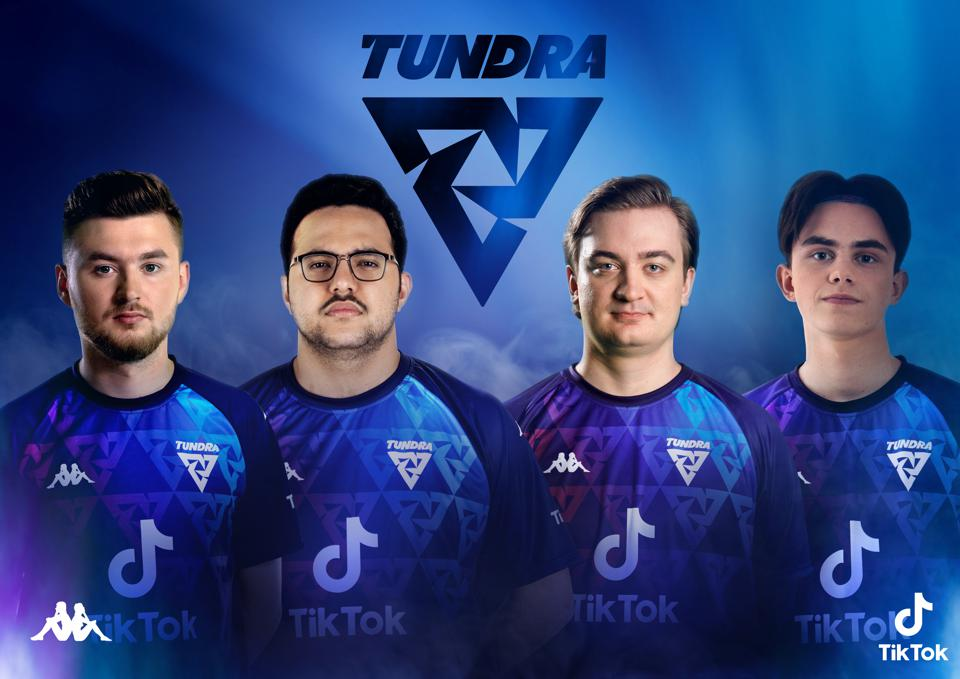 The Tundra FIFA team.