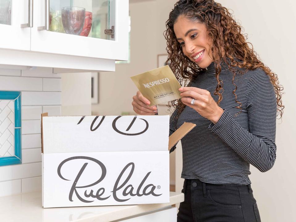 Sampling, Ruelaa, Covid, Promotion, Advertising, Wal-Mart