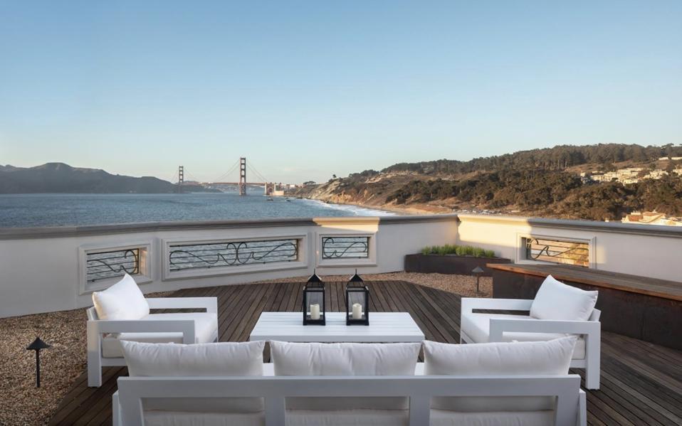 A San Francisco mansion near billionaires Marc Benioff, Jack Dorsey, Robin Williams