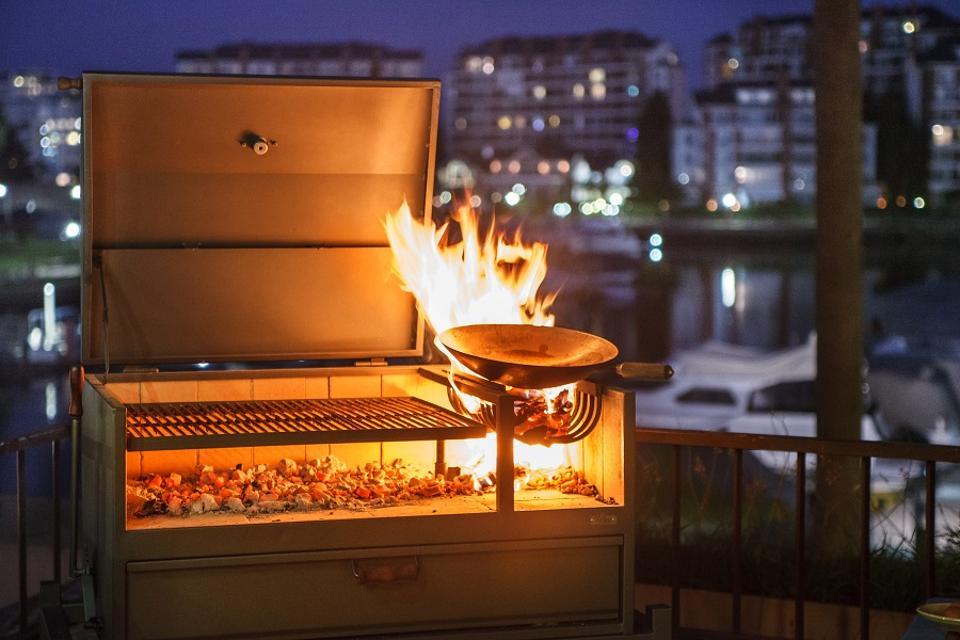 Nuke Delta Gaucho Argentinean style BBQ grill