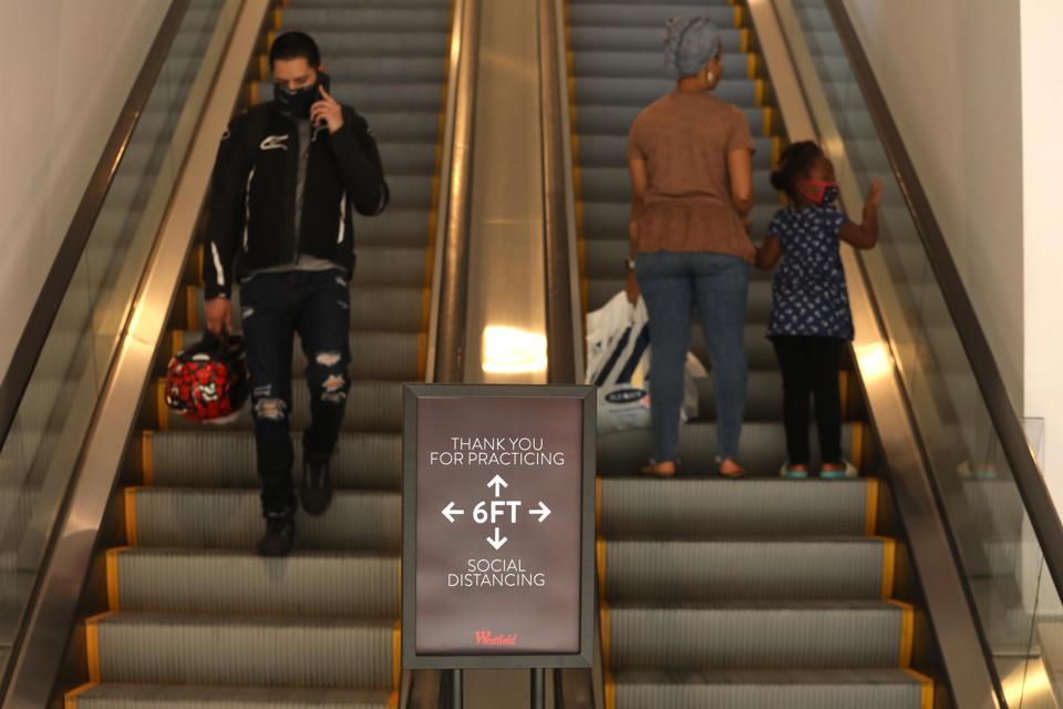 Malls and coronavirus and U.S.