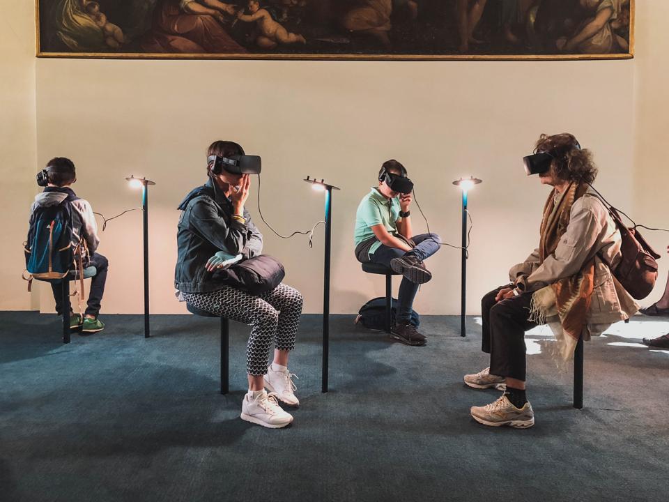 Learners wearing VR