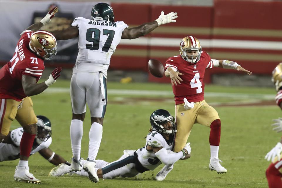 49ers QB Nick Mullens struggles against the Eagles in NFL Week 4.