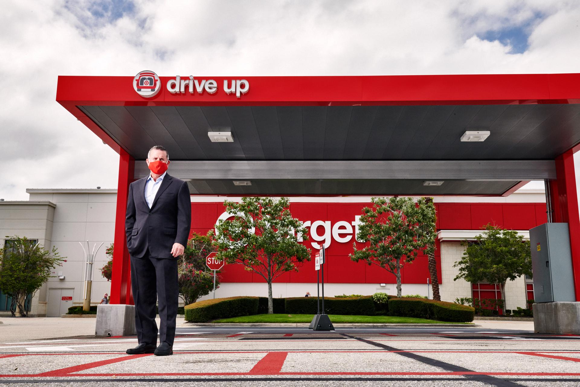 """Target CEO Brian Cornell at a new curbside pickup station in Sarasota, Florida. """"You can place an order, drive into over 1,500 parking lots and our team member will walk out and put it in your trunk, contact-free."""""""