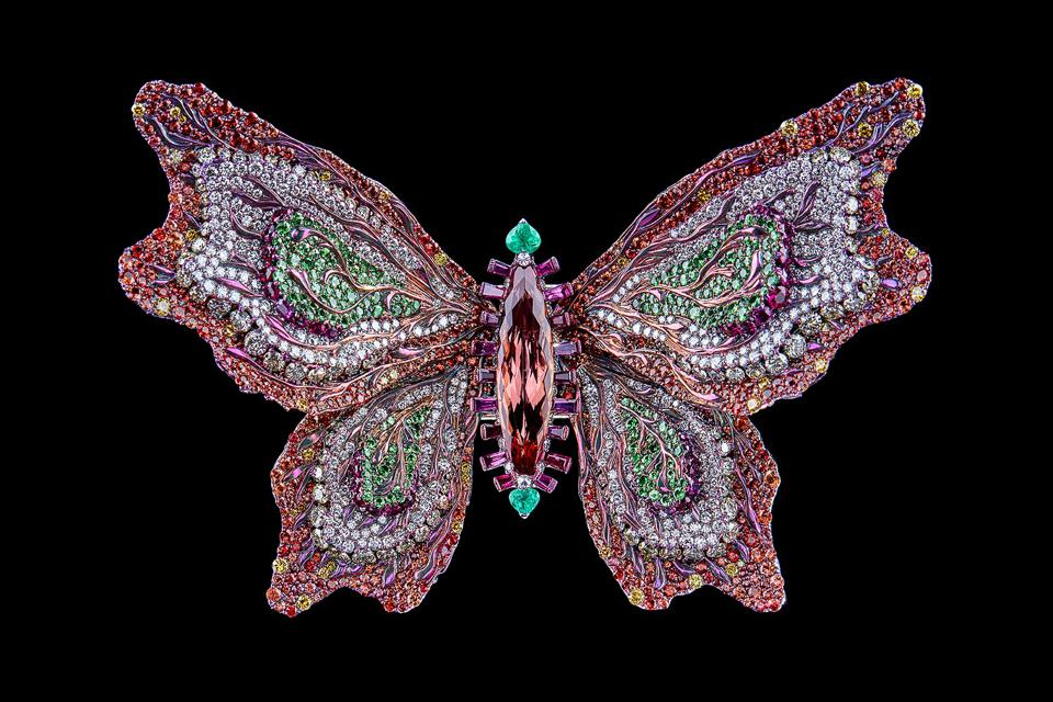 """Wallace Chan's """"In Love with Spring"""" butterfly brooch"""
