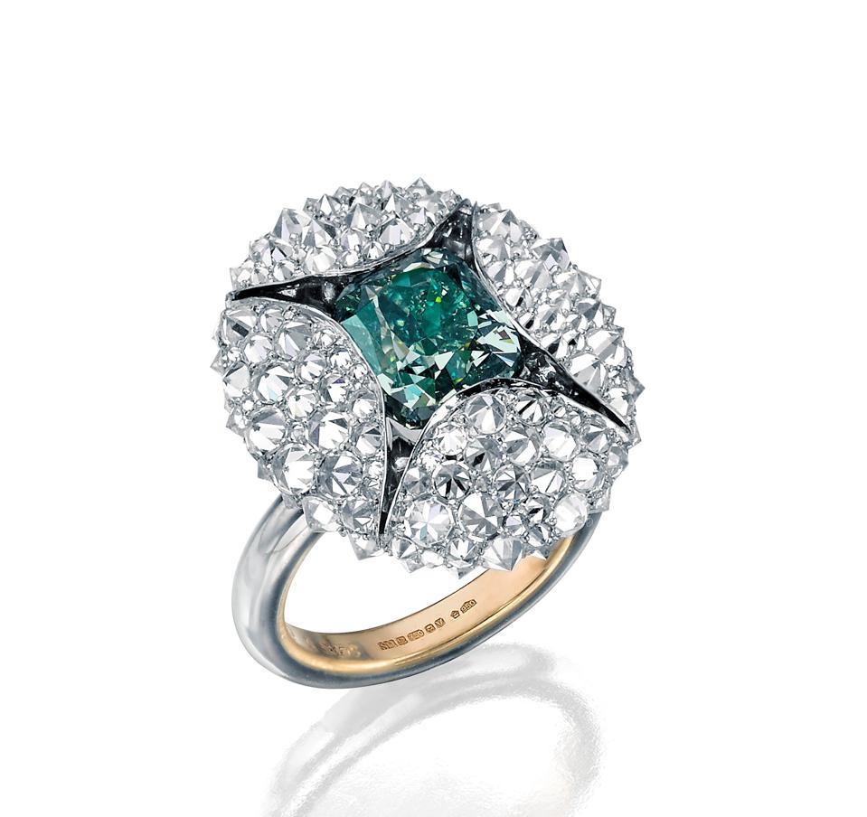 The Pod ring by Nicholas Lieou