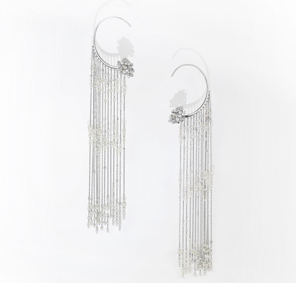 ″Pearl Pearl Rain Fringe Earrings″ by Tatiana Verstraeten