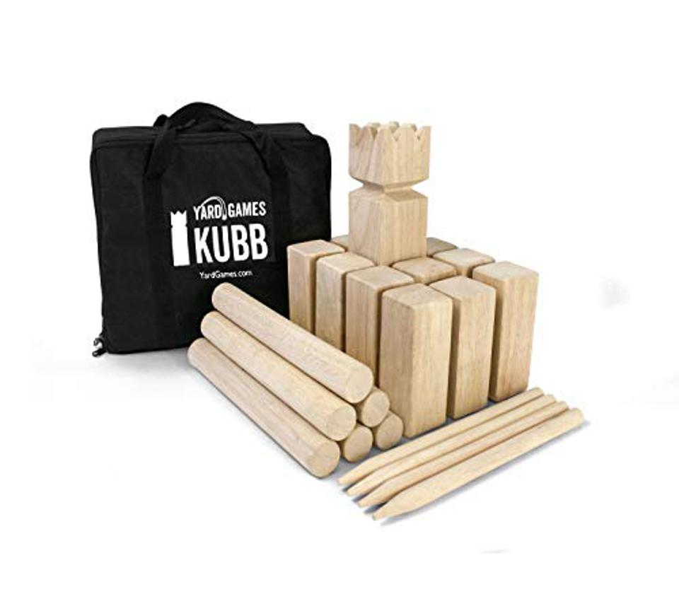 Kubb Outdoor Tossing Game