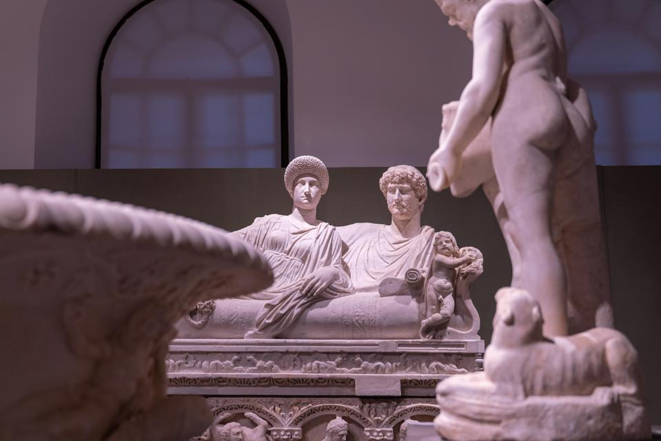 © Fondazione Torlonia, Electa, Bvlgari PH Oliver Astrologo