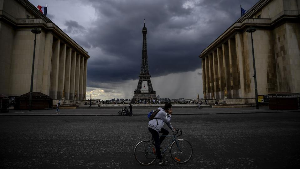 Paris Back Under Curfew Amid Spike In Covid 19 Cases In Europe