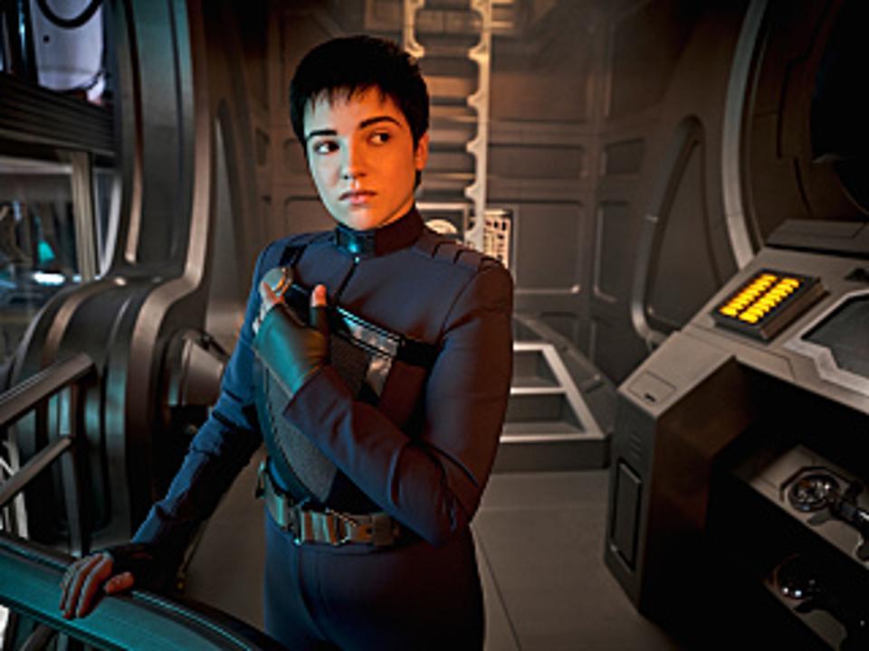Blu del Barrio is Adira on Star Trek: Discovery