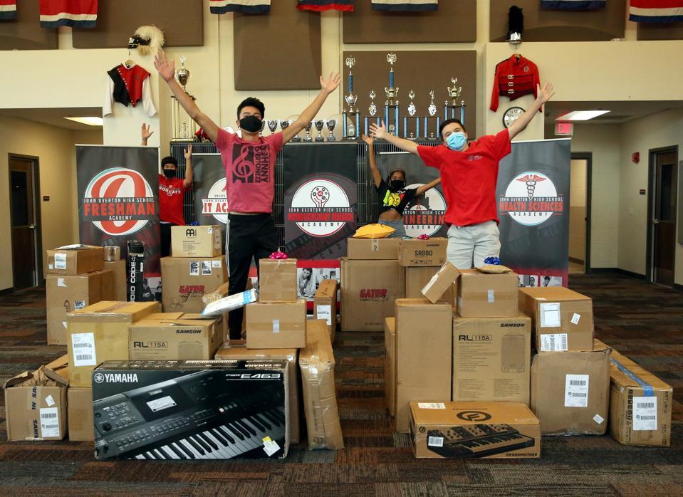 Massive unboxing of music equipment