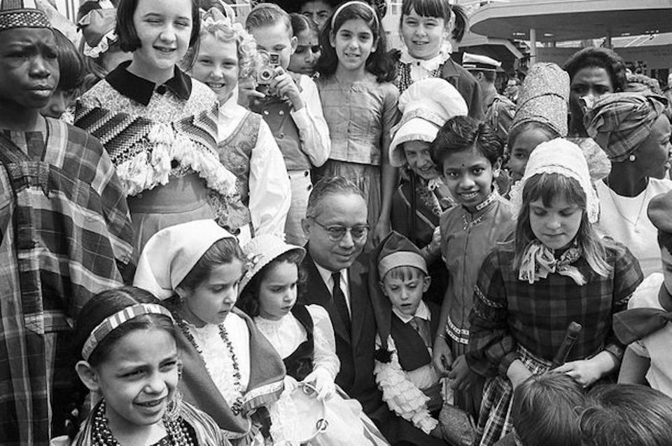 """UNICEF won the 1965 Nobel Prize for programs like Trick-or-Treat for UNICEF that """"proved compassion knows no national boundaries."""" © UN Photo/Yutaka Nagata"""