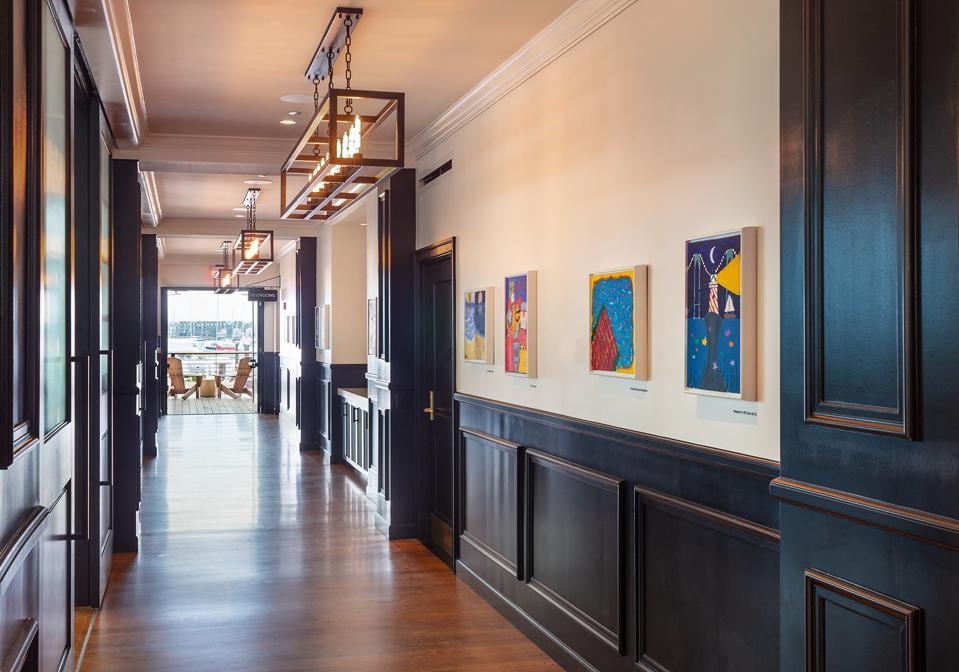 Art gallery in the lobby