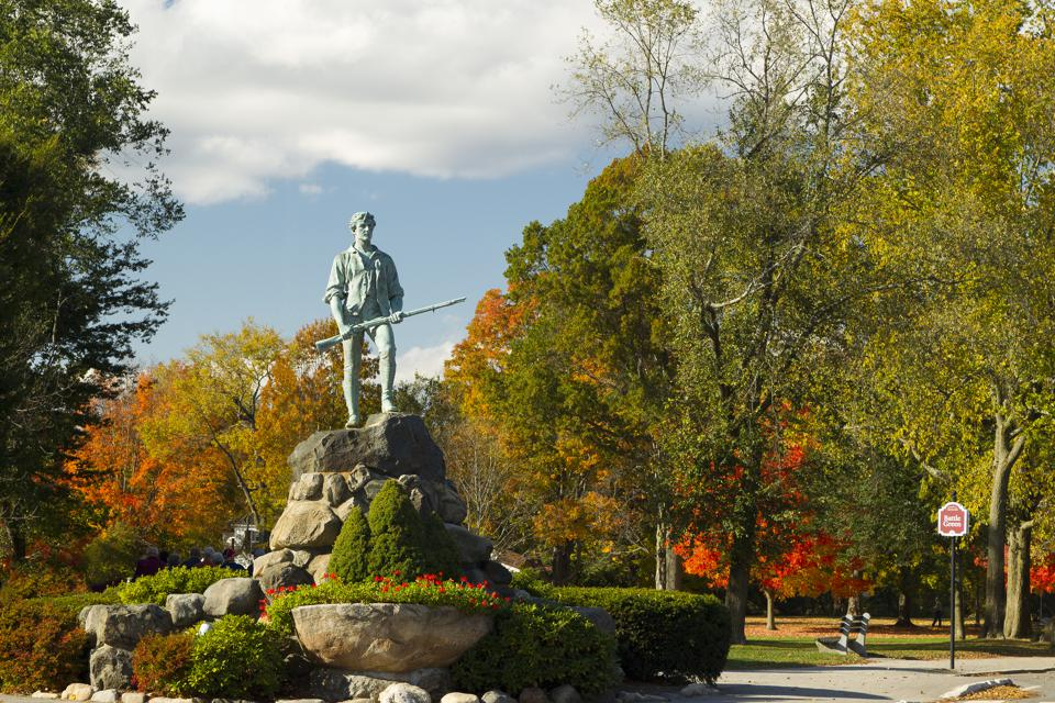 Statue of Minuteman and Battle Green