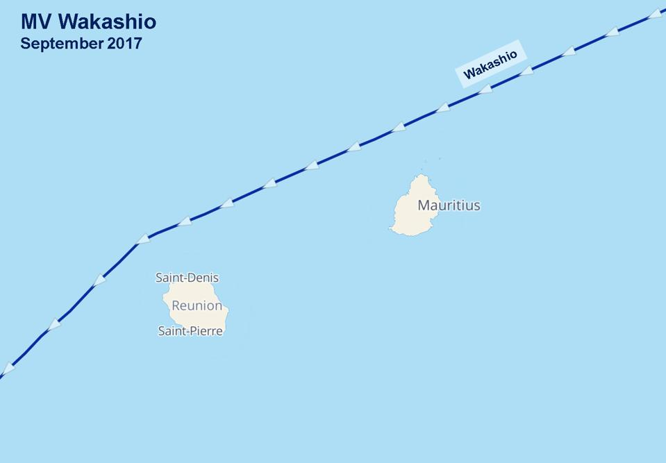 Wakashio took the Northern path last time it steamed past Mauritius in September 2017