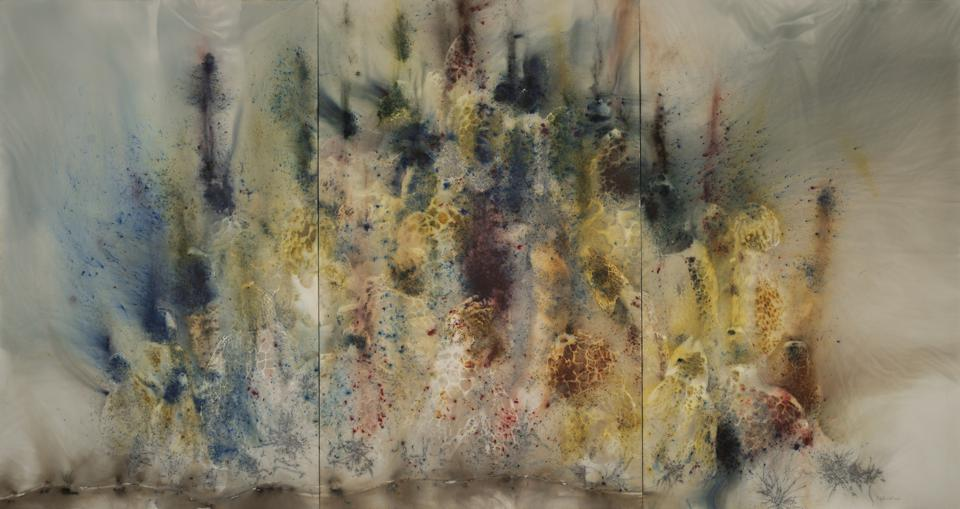 Mountain in Heat, 2016, gunpowder on canvas, 239 x 450 cm, private collection