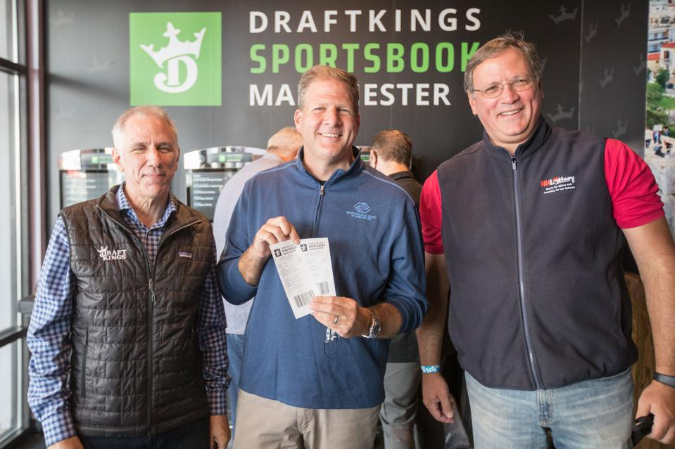 DraftKings, South Side Tavern Officially Open Retail Sportsbook in Manchester