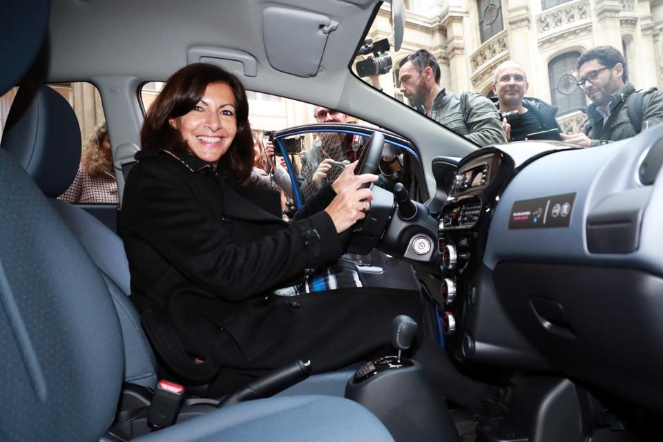 FRANCE-POLITICS-TRANSPORT-ENVIRONMENT