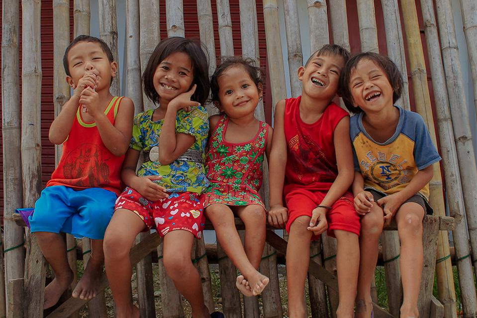 The World We Want, global photo contest: Smiling kids in Philippines: