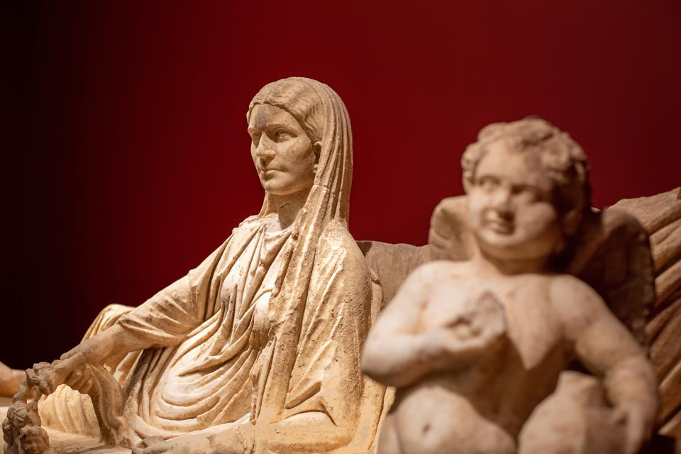 Roman Imperial Period, Syria, Kline Monument with a Reclining Couple and Erotes, c. A.D. 175–200, Marble, On loan from a private collection. This installation was made possible by Phoenix Ancient Art.