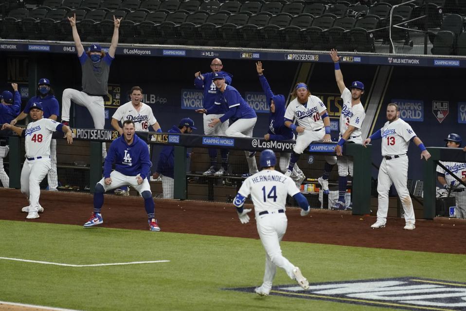 APTOPIX NLCS Braves Dodgers Baseball