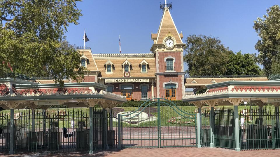 Disneyland entrance closed