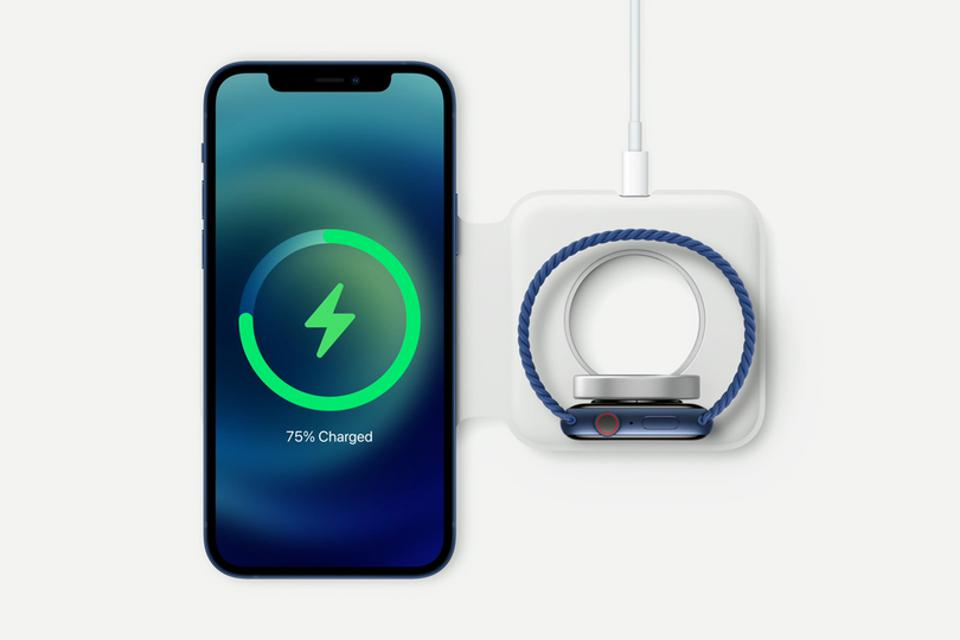 Apple iPhone 12 and Apple Watch 6 on MagSafe Duo charger