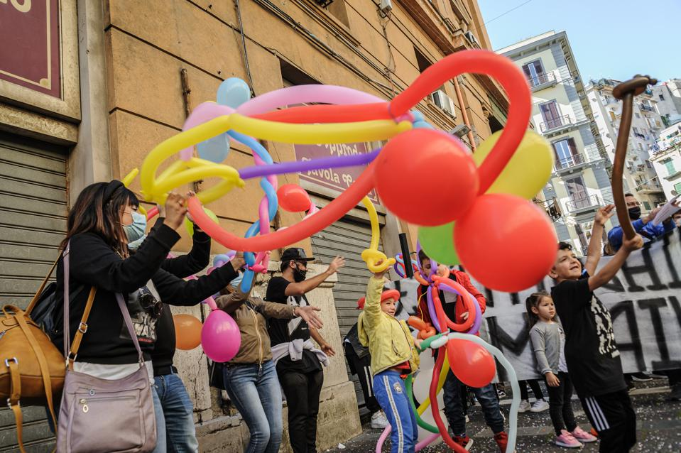 Protest In Campania For The Closure Of Activities And School Amid The COVID-19 Pandemic