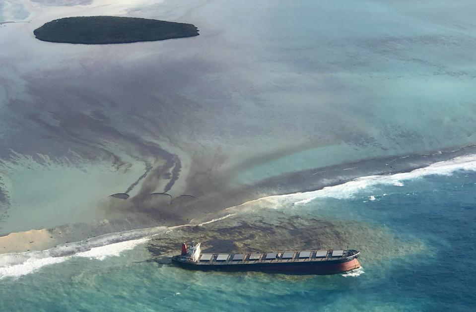 The Japanese Bulk Carrier, Wakashio was full of VLSFO fuel when it grounded on the reefs of Mauritius in the Indian Ocean (image from 7 August 2020)