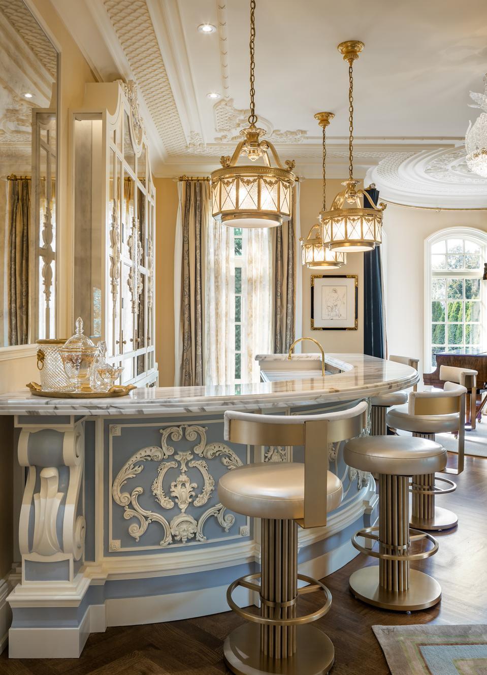 A Rococo-inspired Wedgwood bar.
