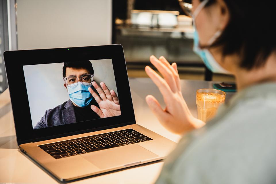 Some HR leaders find virtual employee meetings that encourage real dialogues can be just as effective as in-person gatherings.
