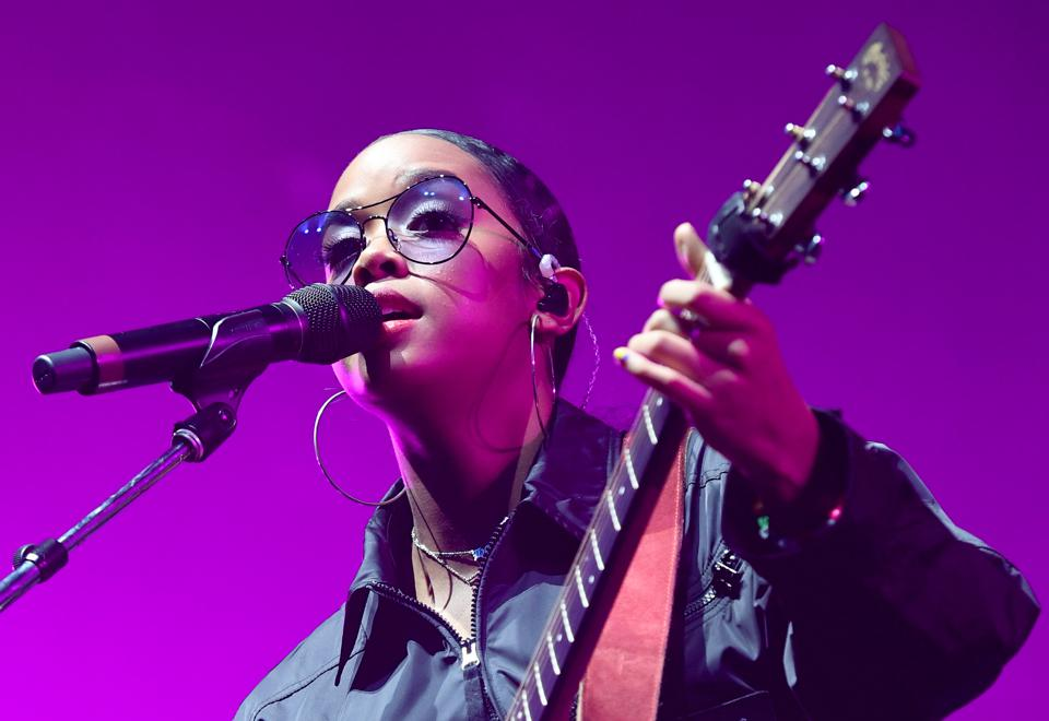 H.E.R. will perform for the second Xfinity Awesome Gig Powered by Pandora on October 29.