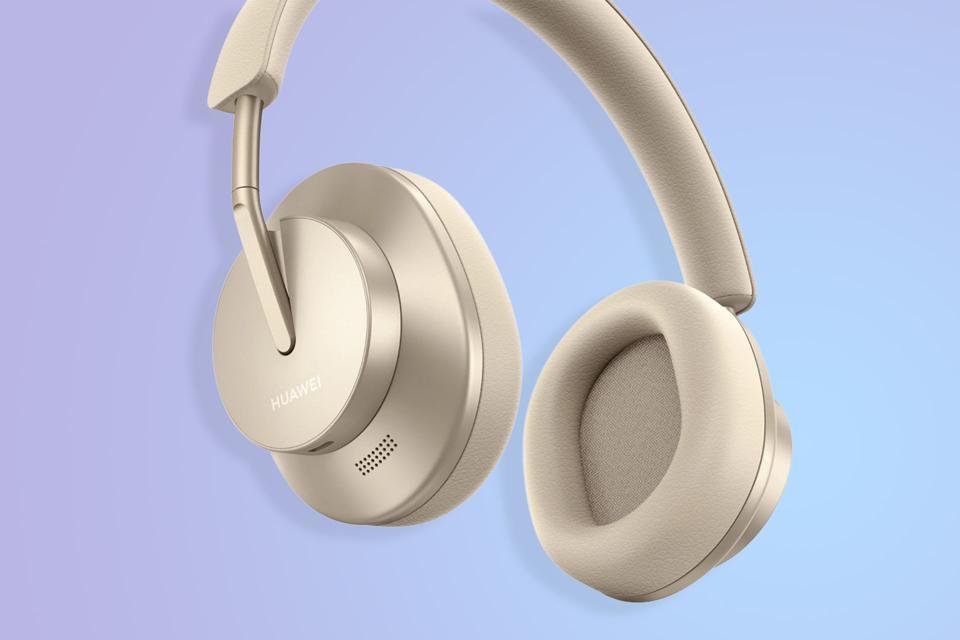 A promo image of the Huawei FreeBuds Studio headphones.