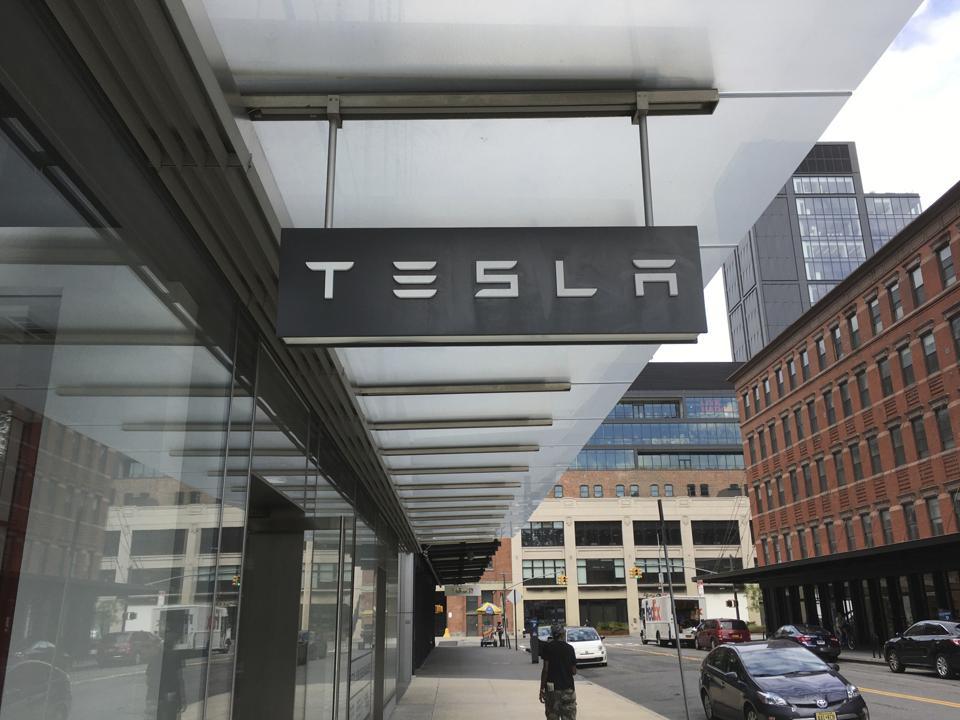Tesla reports fifth consecutive quarter of profits - 10/21/20