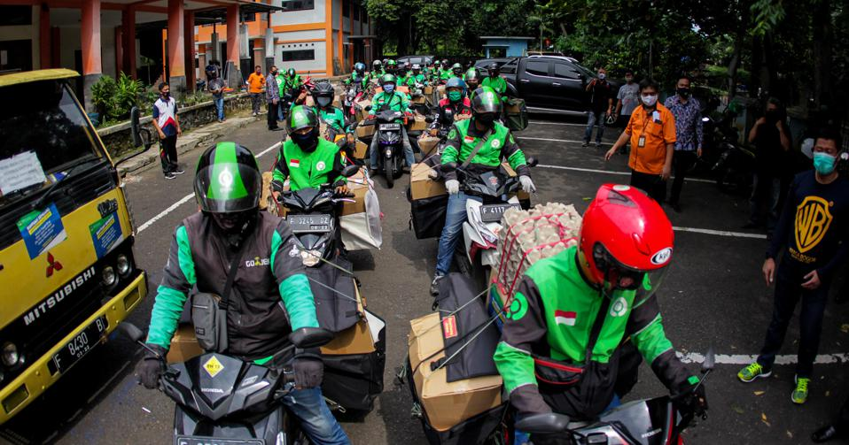 Indonesian government distributes food assistance through Gojek