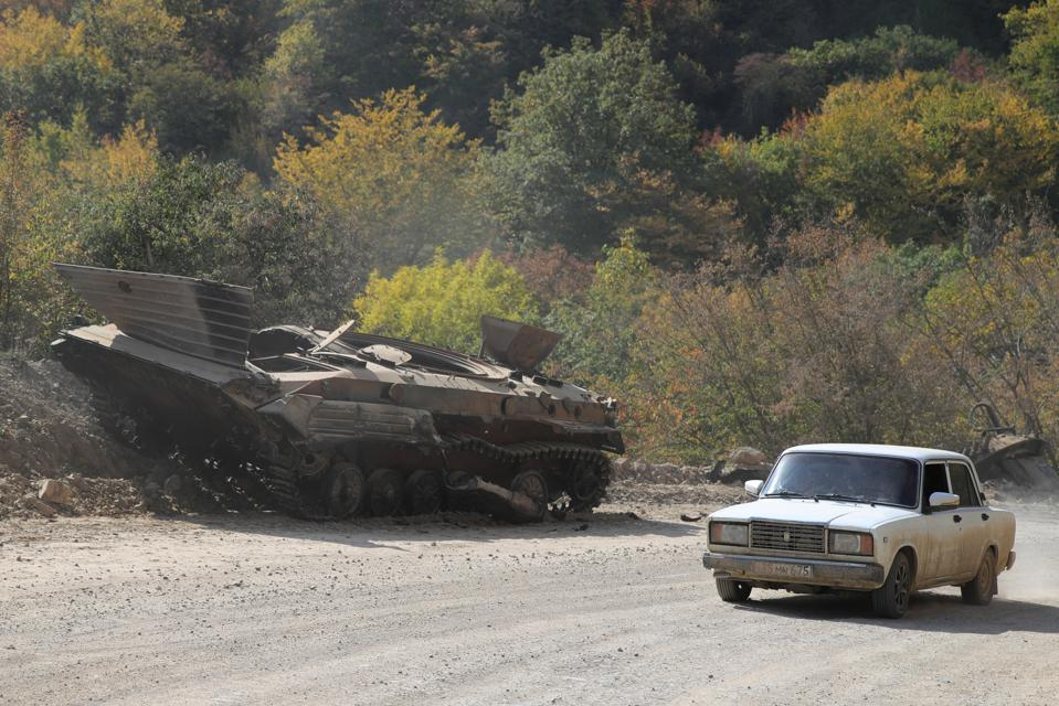 Shelling attack on town of Martakert in Nagorno-Karabakh