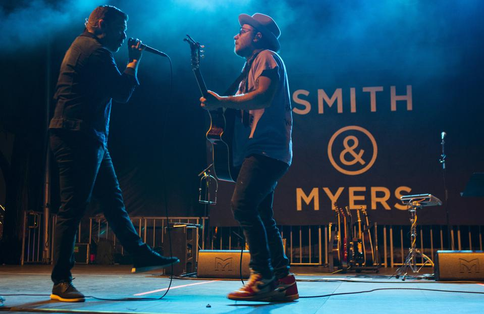 Brent Smith (left) and Zach Myers (right) of Smith & Myers launch the new album 'Smith & Myers Volume 1' on stage in Chicago. Friday, October 9, 2020 at Lakeshore Drive-in (Photo by Barry Brecheisen)