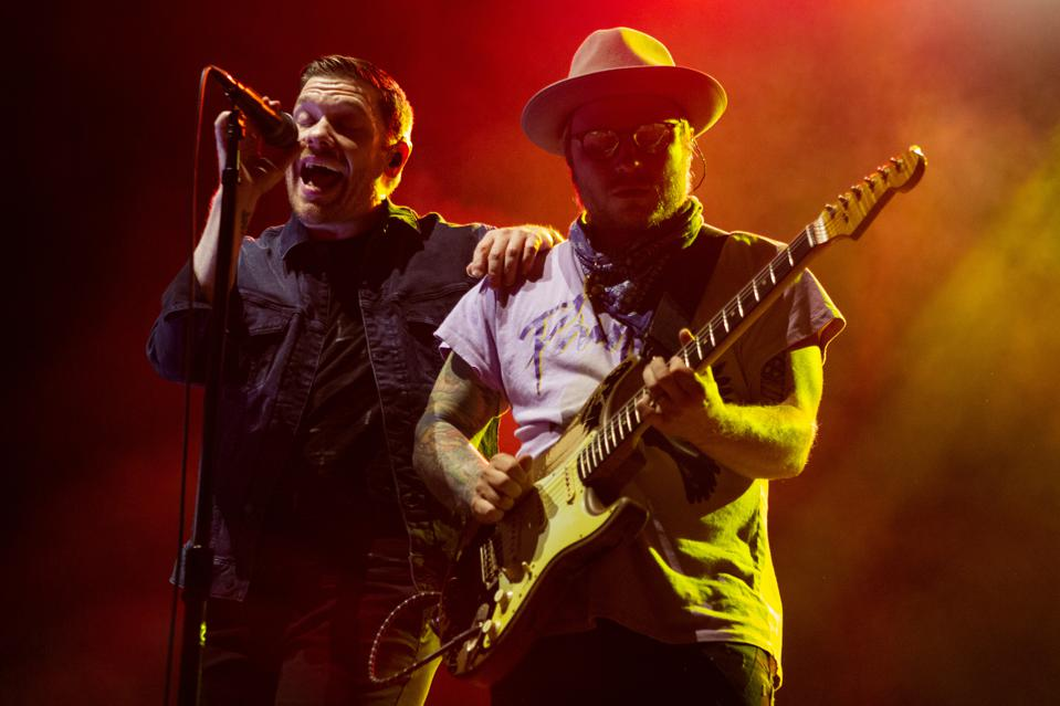Brent Smith (left) and Zach Myers (right) of Shinedown perform on stage as duo Smith & Myers. Friday, October 9, 2020 at Lakeshore Drive-In in Chicago, IL (Photo by Barry Brecheisen)