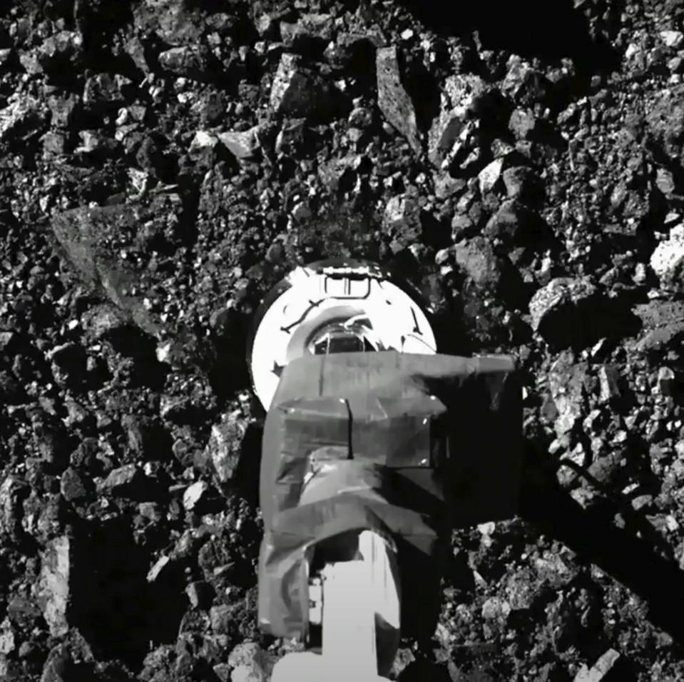 APTOPIX Asteroid Grab