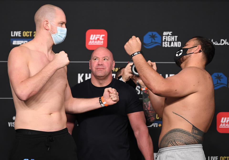Stefan Struve faces Tai Tuisvasa at the top of the UFC 254 prelim card.