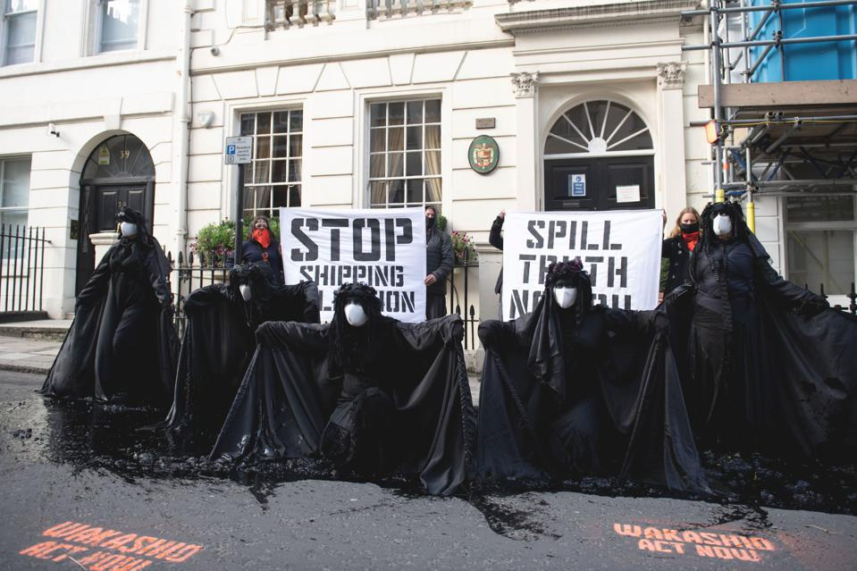 19 Oct: protests outside the Panama Embassy in London, responsible for weaker ship environmental standards