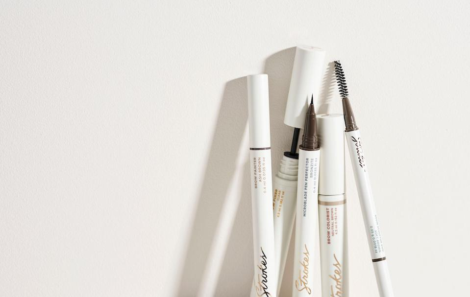 The Brow Artist Kit from STROKES BEAUTY LAB creates perfect brows with ease